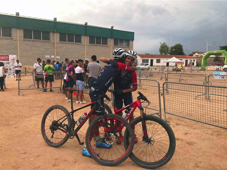 Biking Pro Tubeless promocionando siempre el mundo de la mountain bike